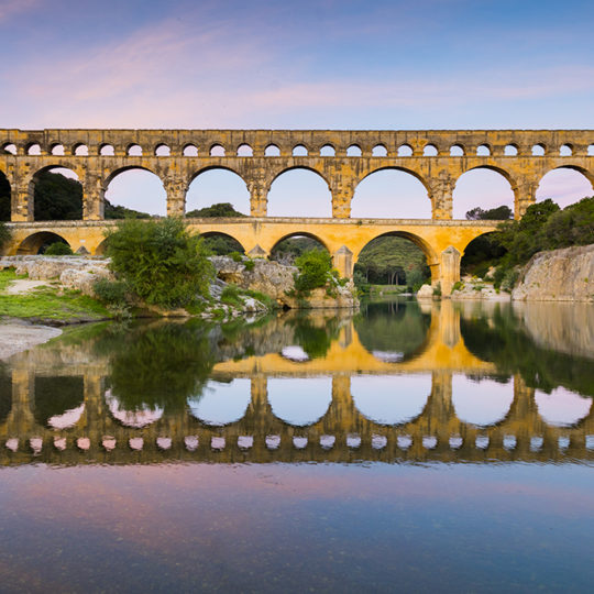 http://www.laboucleromaine.fr/wp-content/uploads/sites/6/2019/03/pont_du_gard_frise1-540x540.jpg